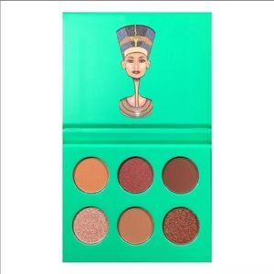 Juvia's Place The Nubian Eyeshadow Palette NWT